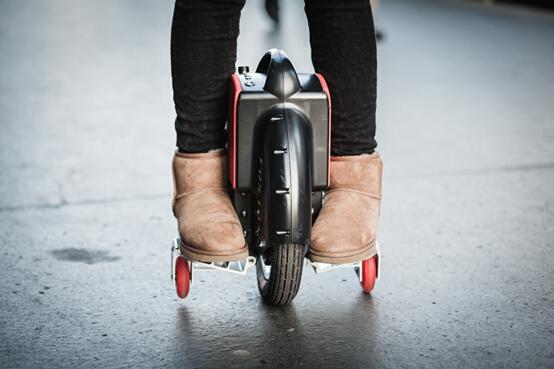 独轮车,电动独轮车,独轮车品牌